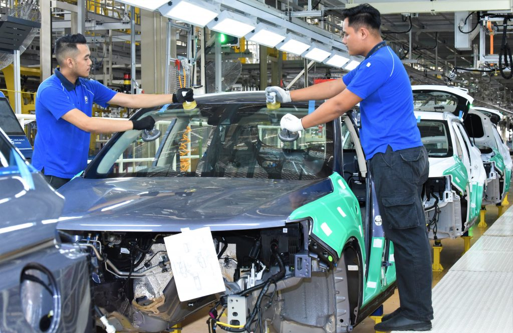 Proton Rolled Out First Locally Built Proton X70