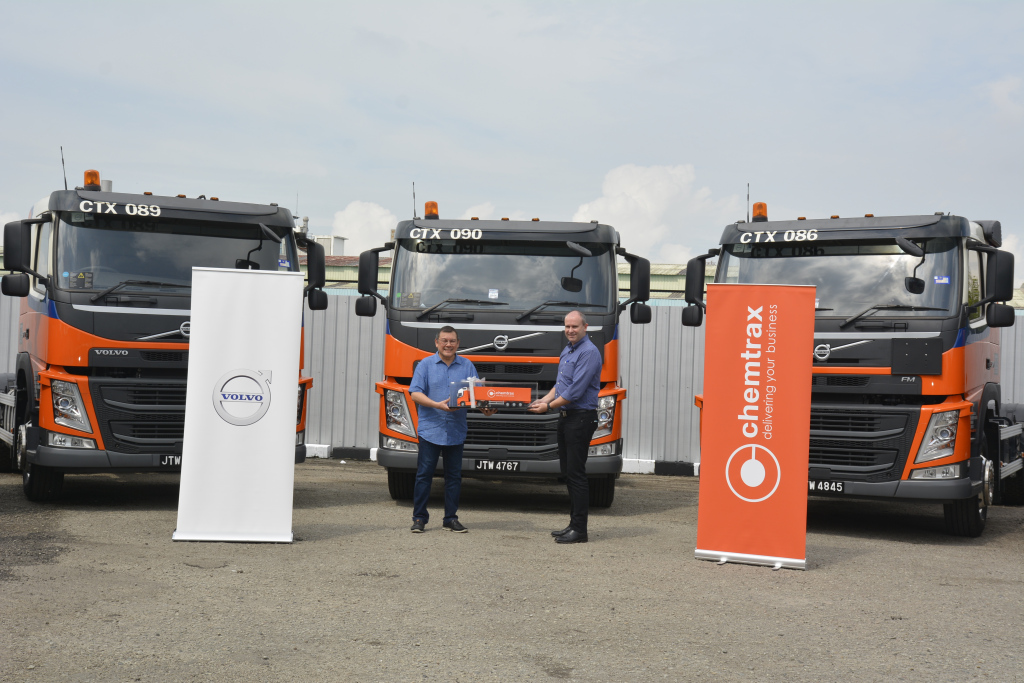 Volvo Trucks Hand Over Five Trucks To Chemtrax Sdn Bhd