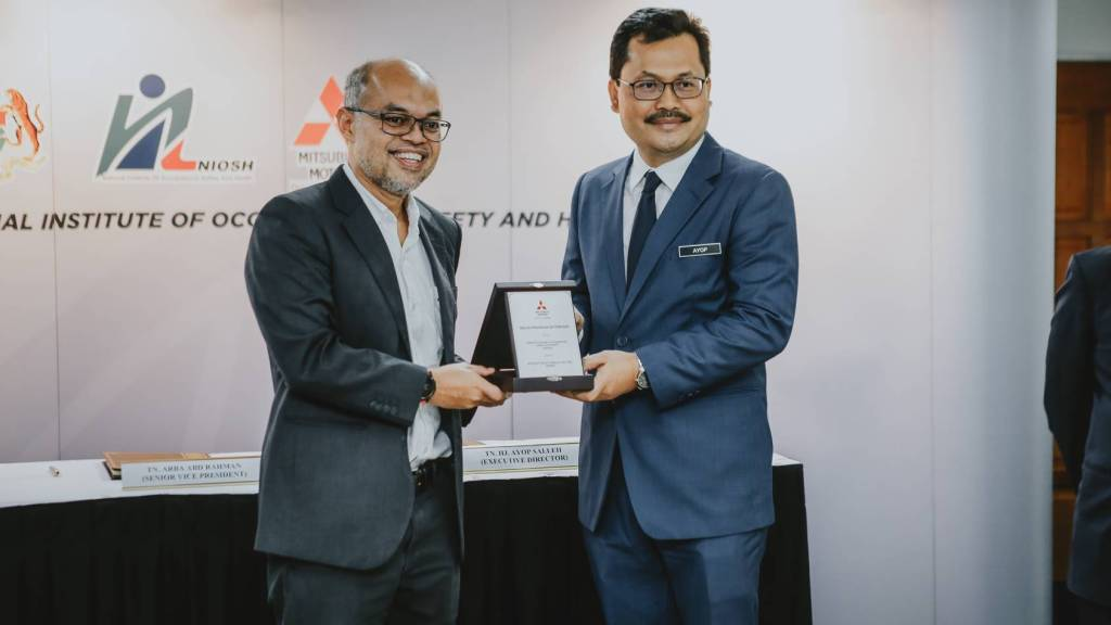 Mitsubishi Motors Malaysia And NIOSH To Develop Safety And Defensive Driving Training Programmes