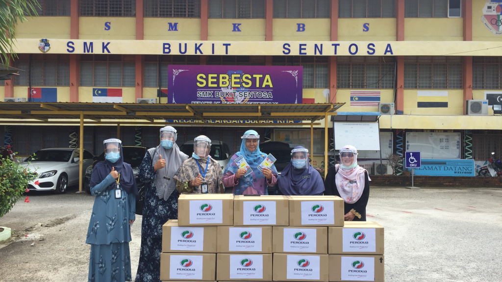 Perodua Contributed 5,000 Face Shields To Hulu Selangor District