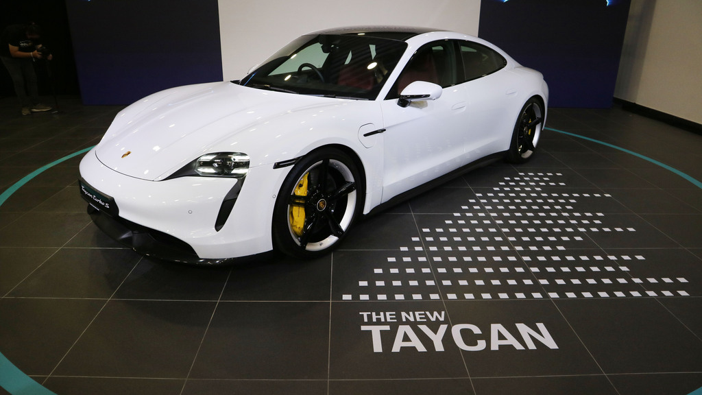 The All-Electric Porsche Sports Car – Taycan